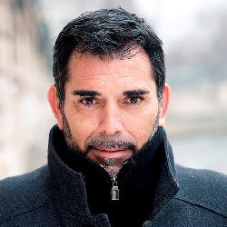 Victor Del Arbol
